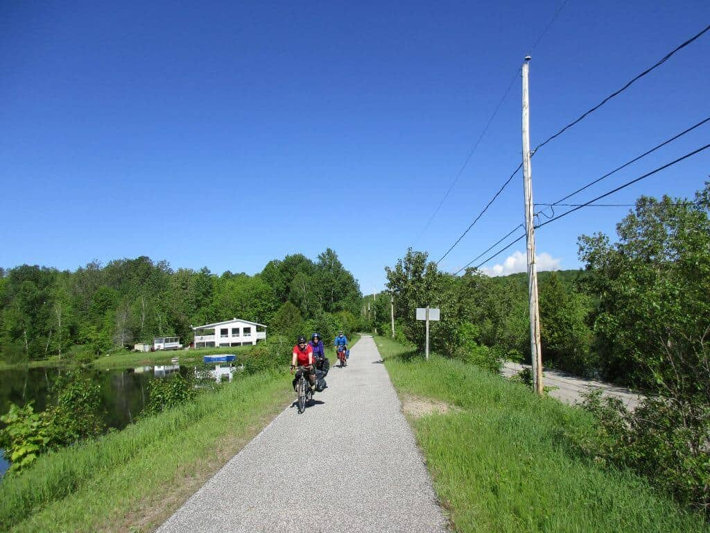 Bicycle touring Quebec